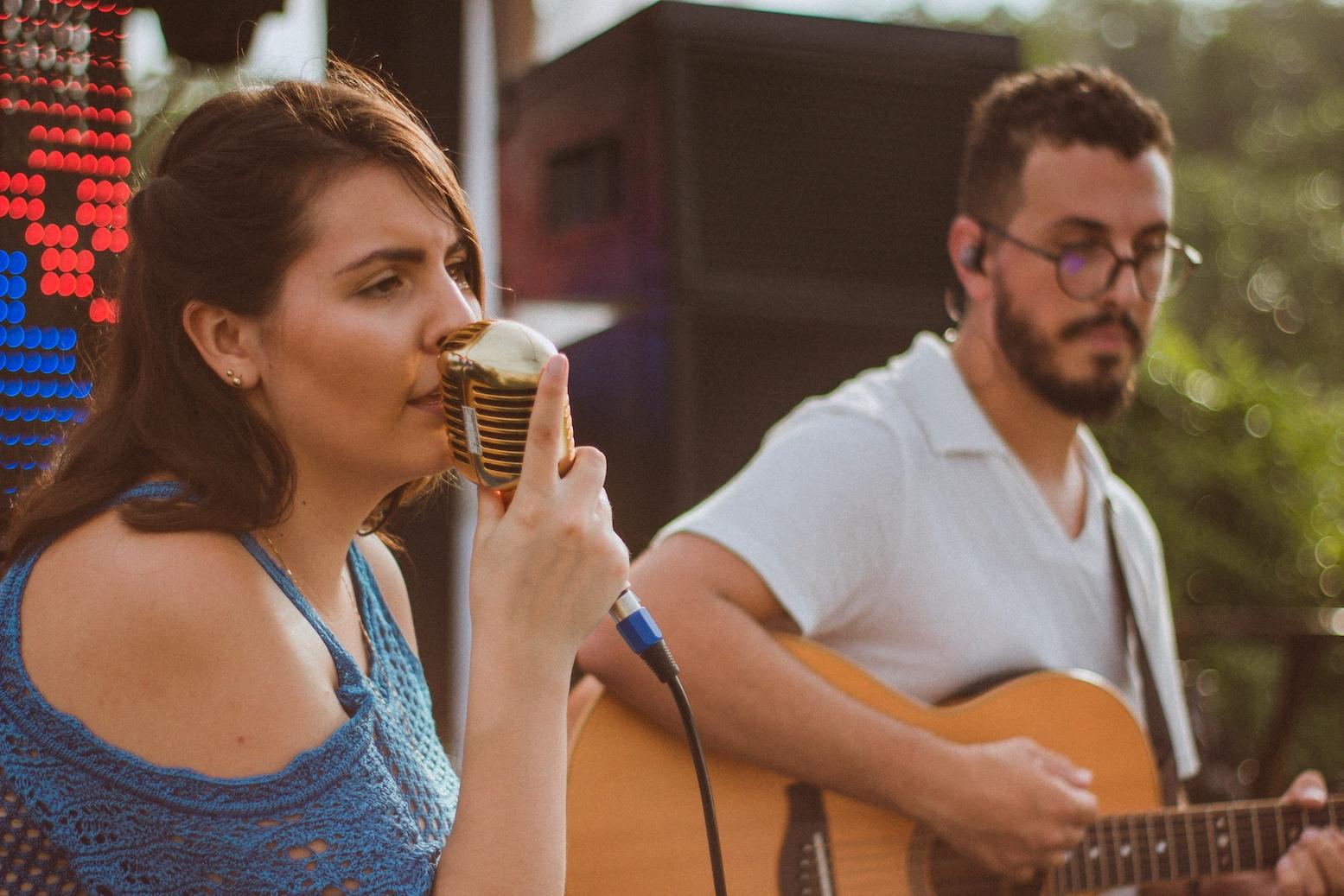 Casamento Patrícia e Bruno Voz e Violão Praia 04