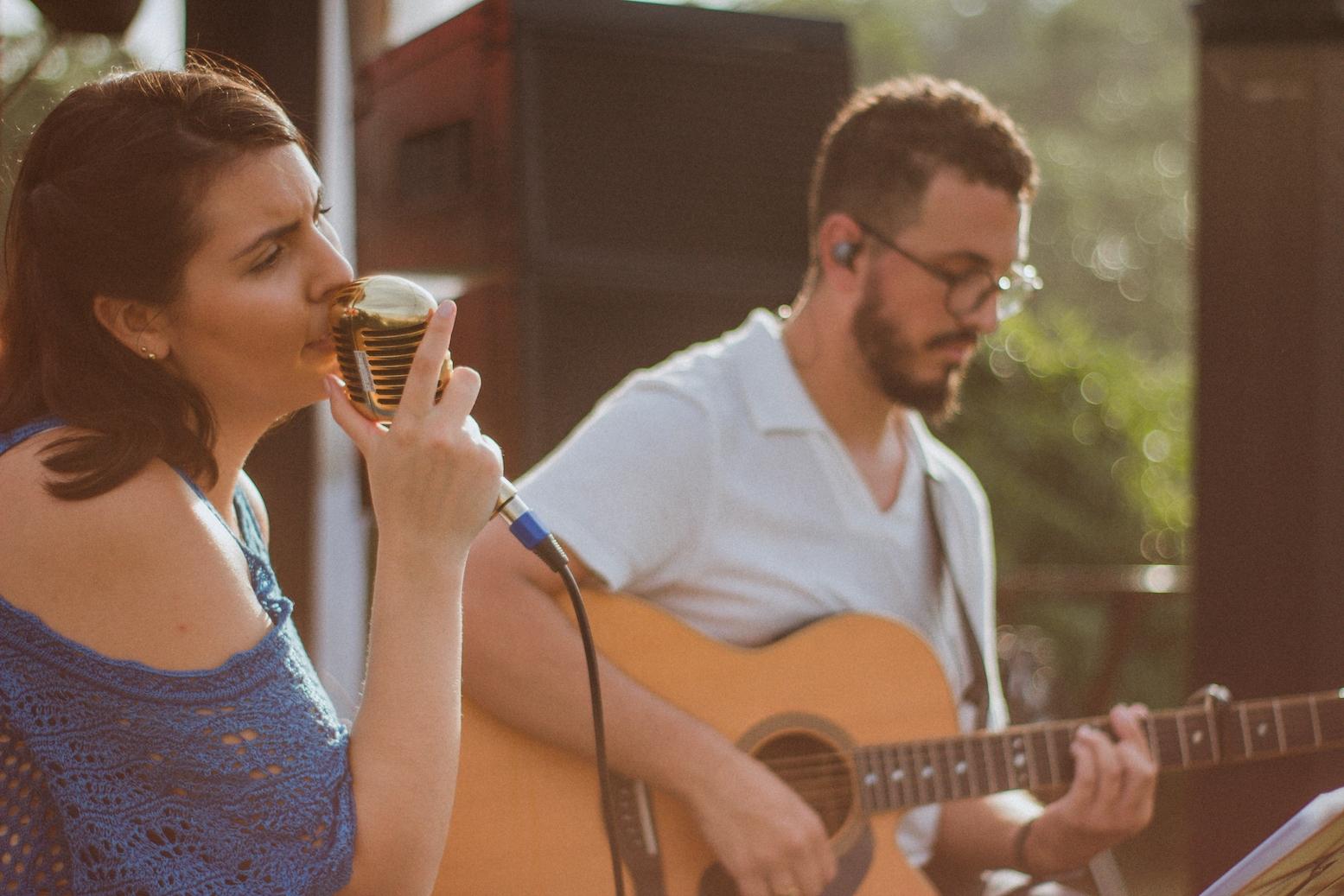 Casamento Patrícia e Bruno Voz e Violão Praia 05