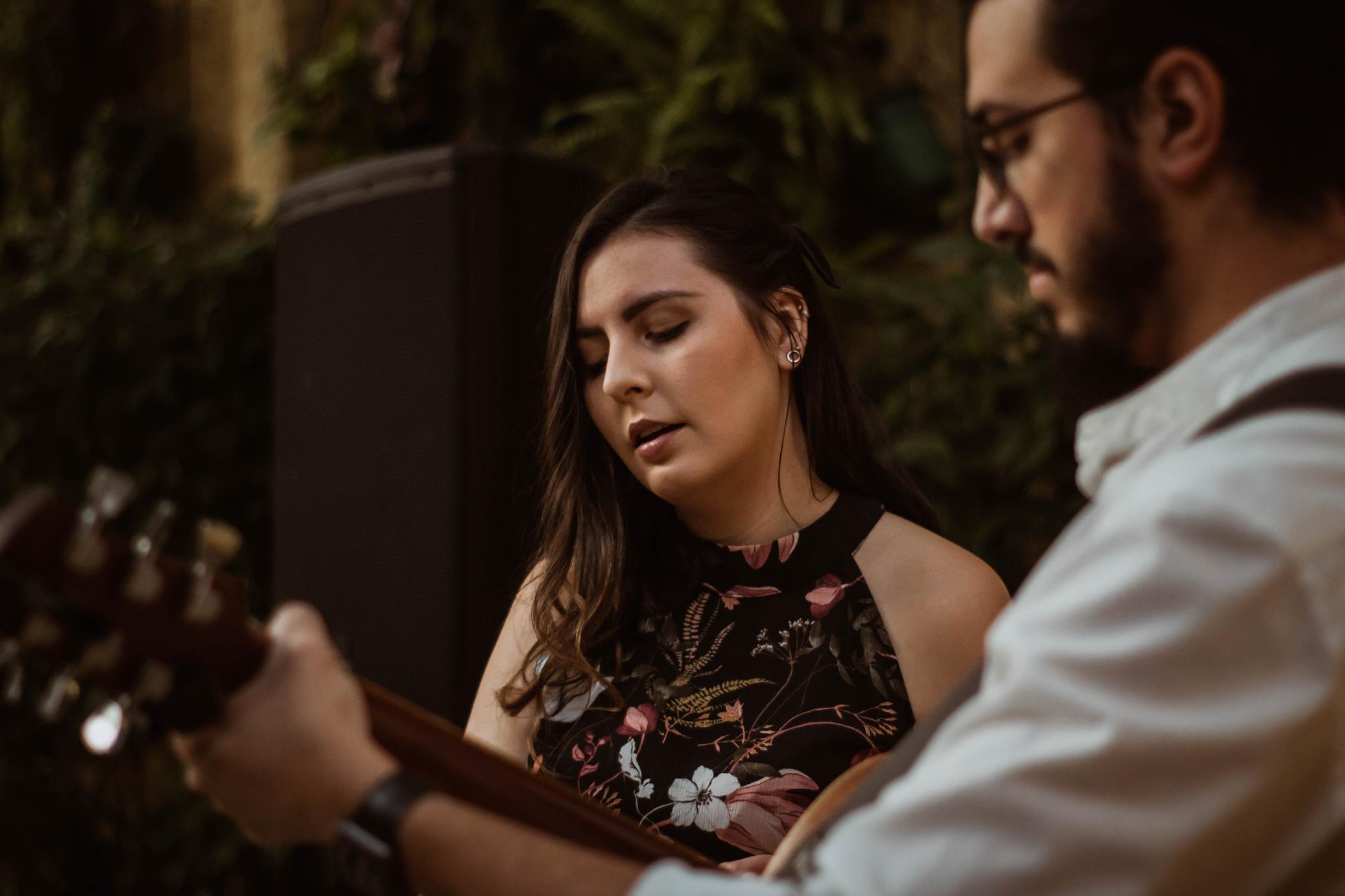 Foto Casamento Mariana e André Voz Violão Violino 02
