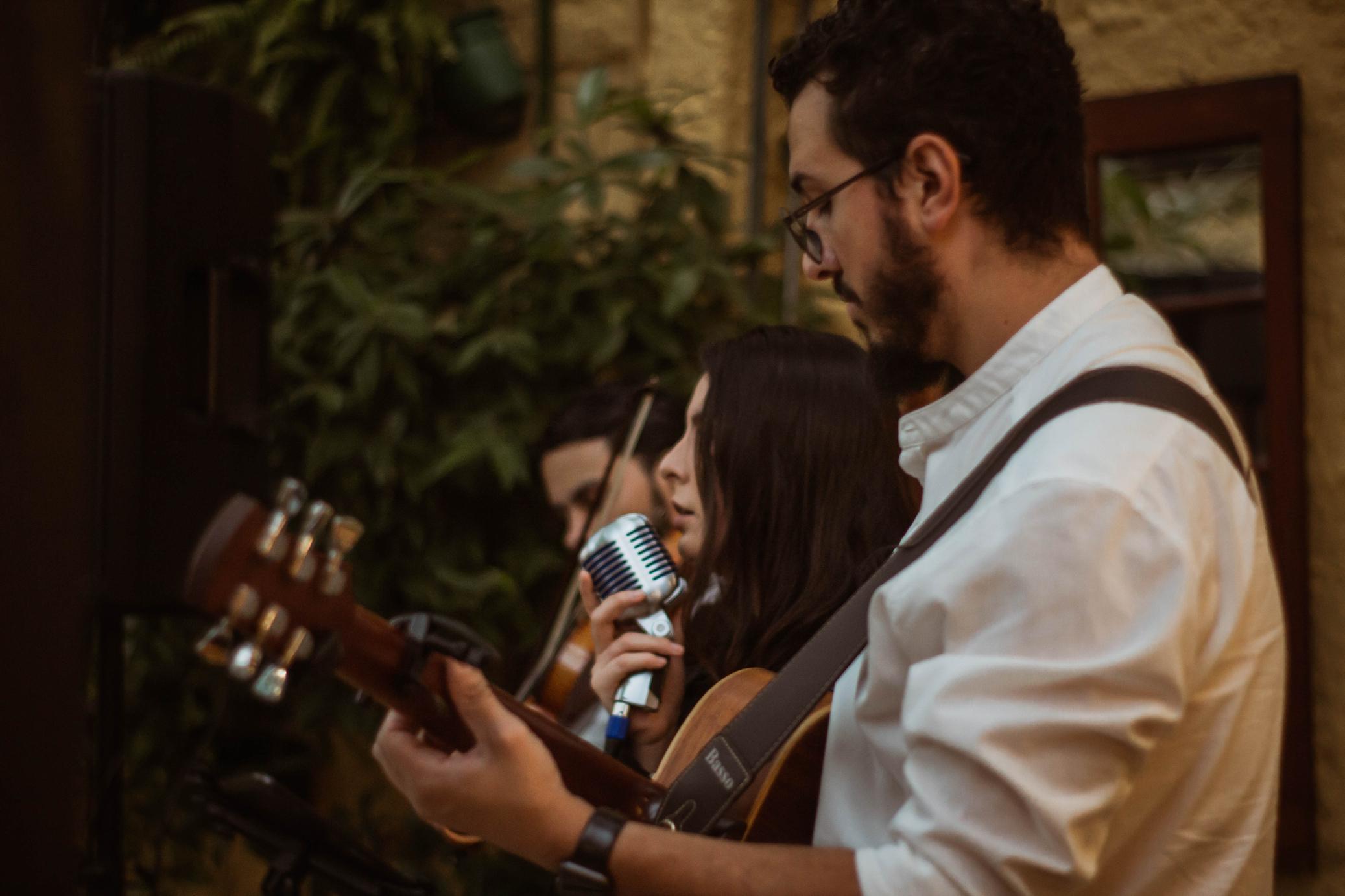 Foto Casamento Mariana e André Voz Violão Violino 06